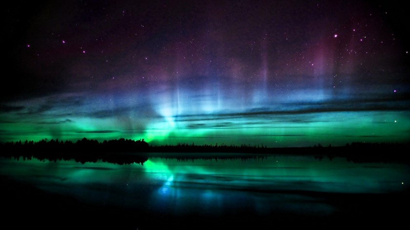 6860114-polar-lights-wallpaper.jpg
